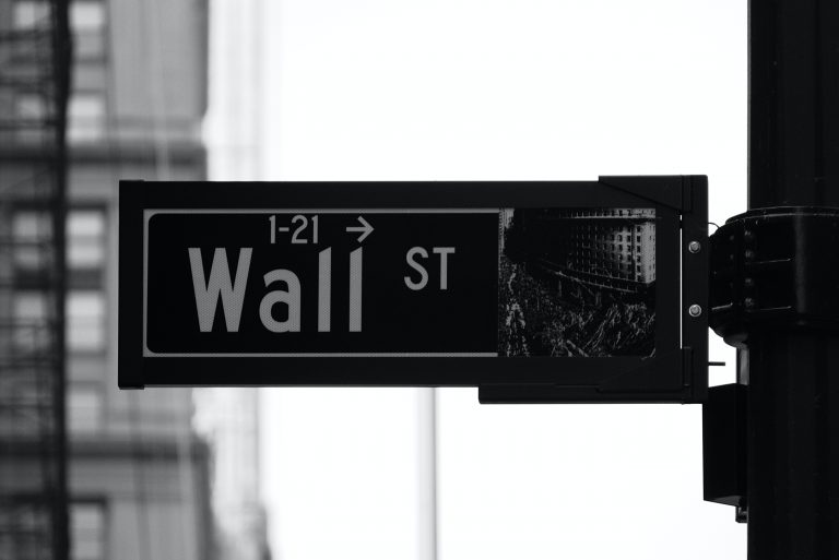 5 High Yield Stocks Trading On Highs (US Stock Market)